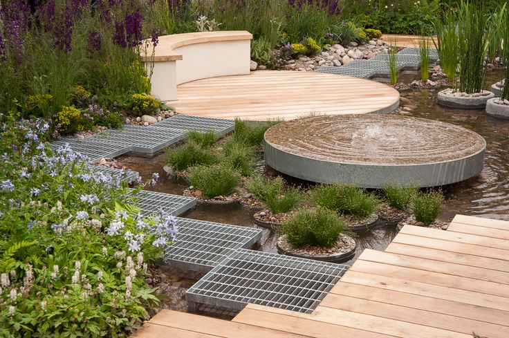 RBC Blue Water Roof Garden RHS Chelsea Flower Show 2013. Click to read article and to see plants list used.