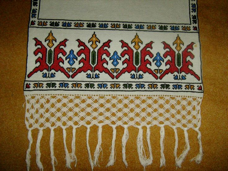 Antique embroidery from Greece http://kento.gallery.ru/