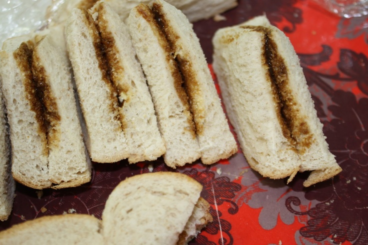 Vegemite sandwiches in Darwin Possum Magic Party