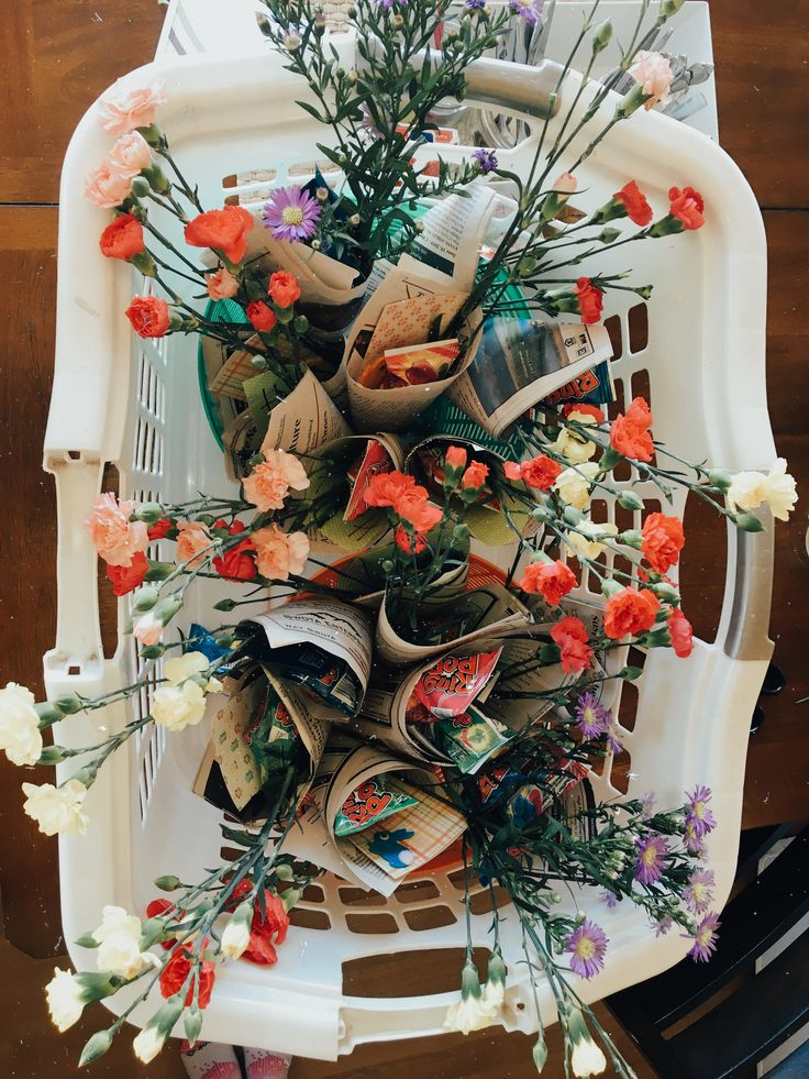 𝐩𝐢𝐧𝐭𝐞𝐫𝐞𝐬𝐭 𝐝𝐞𝐥𝐚𝐧𝐞𝐲𝐦𝐚𝐞𝐝𝐨𝐰𝐧𝐢𝐧𝐠 in 2020 Holiday decor