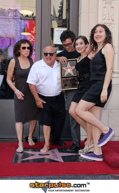 danny devito, rhea pearlman and their wonderful family.