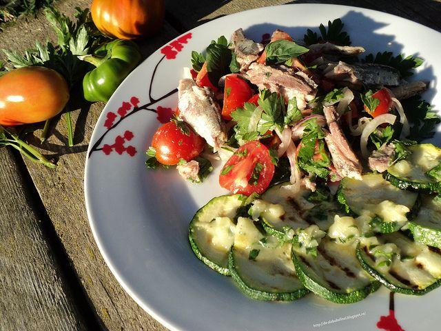 Salata cu sardine si rosii Sardine and tomato salad
