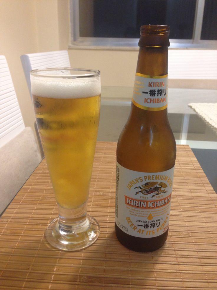 Japonesa Kirin Ichiban conhecida como uma das bebidas com processo de produção mais caro do mundo. Aprovadissima! #kirinichiban #beersoftheworld #beers #cerveja #japan