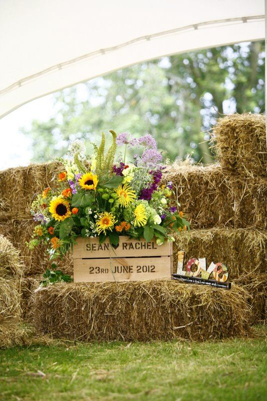 Fixing to have some crate at the ceremony, like how this one has the bride & groom's name along with the date..
