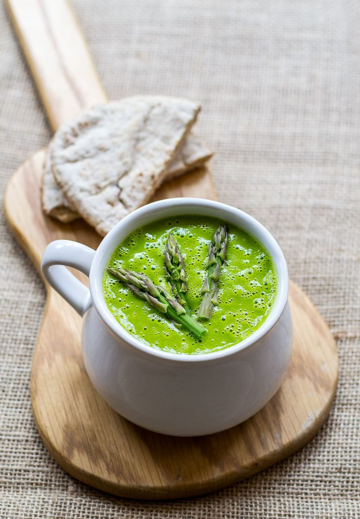 This asparagus and swiss chard soup was whipped up in under 15 minutes!