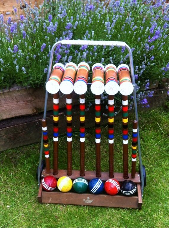 Vintage Croquet Caddy for Hire