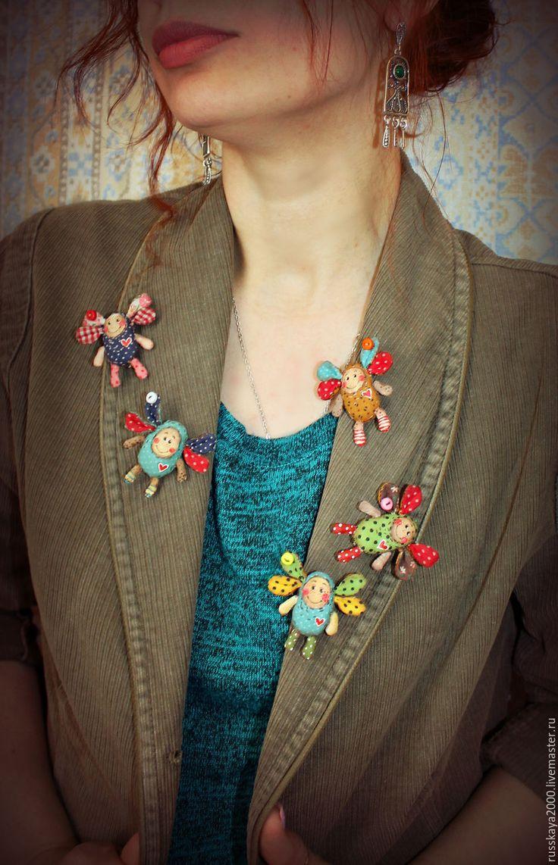 Купить Текстильная брошь мошка - комбинированный, брошь ручной работы, текстильная брошь, саша русская