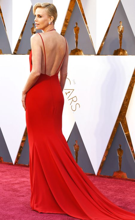 11 Oscars Gowns You Need to See from Every Angle | People - Charlize Theron in Dior Haute Couture
