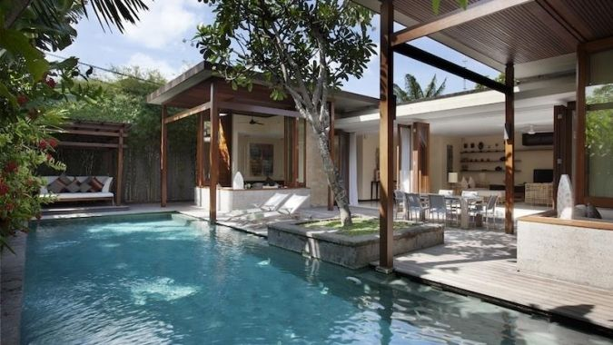 Villa Seminyak 002 - Unique and exceptional 2 bedroom Bali pool villa as a part of a luxury boutique hotel offering space to relax by using modern and contemporary design in a deliciously privacy and walking distance to the beach, restaurant, bars and boutiques. www.balichicvilla.com/en/holiday-rental/villa-seminyak-002-1.html#