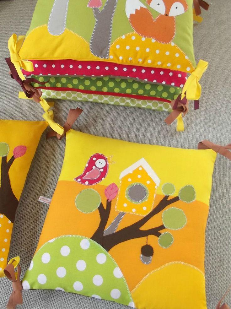 Tour de lit acheté pour Joan. Merci à Creagwen!!