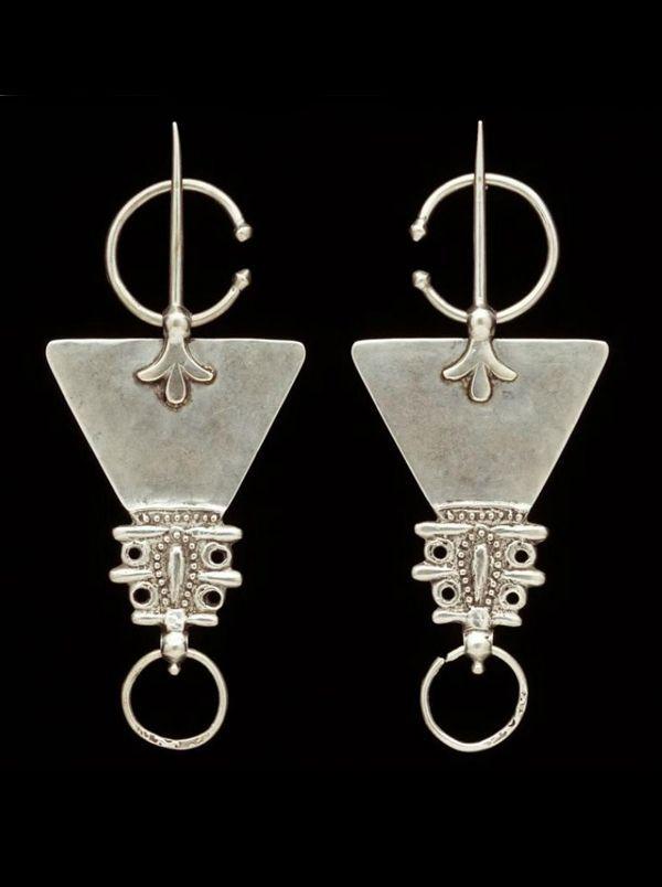 From A Bohemian Life: daydreamsonvinyl:  Morocco Fibula; silver