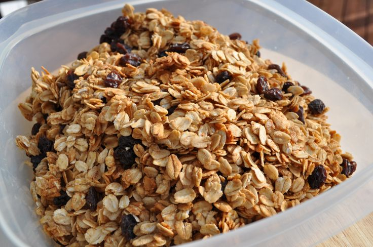 Kid Friendly, Nut Free Granola, easily baked using the phillips airfryer baking tray accessory
