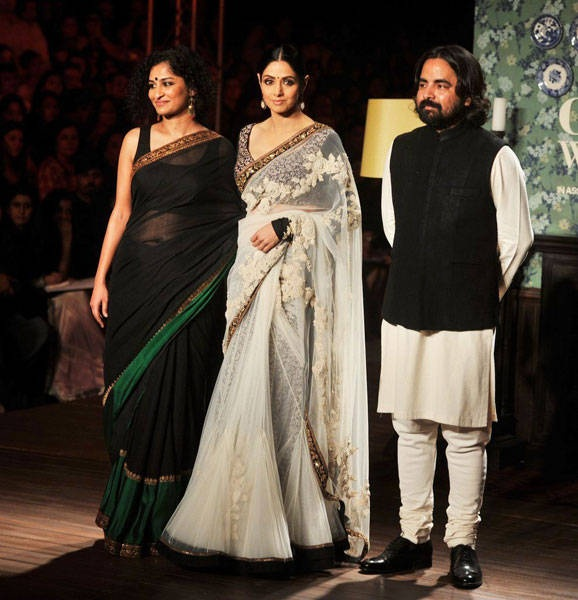 90s diva, Sridevi walked the ramp for designer Sabyasachi Mukherjee at PCJ Delhi Couture Week. The actress looked simply fabulous in a white embroidered sari coupled with a heavily embroidered black blouse and walked the ramp to thunderous applause.