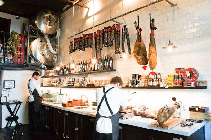 Tapas catalán cuisine #bodega 1900 Sant Antony #Barcelona