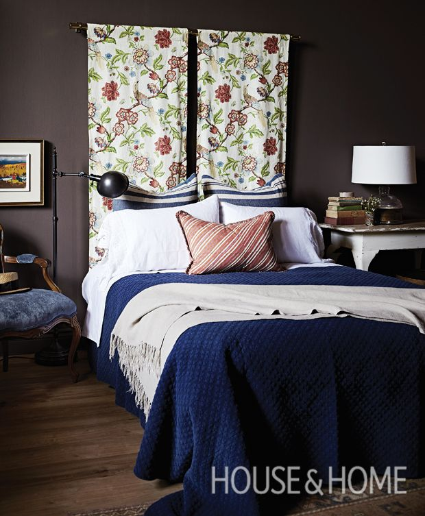 10 Cozy Dark Rooms That Make A Case For Moody Walls