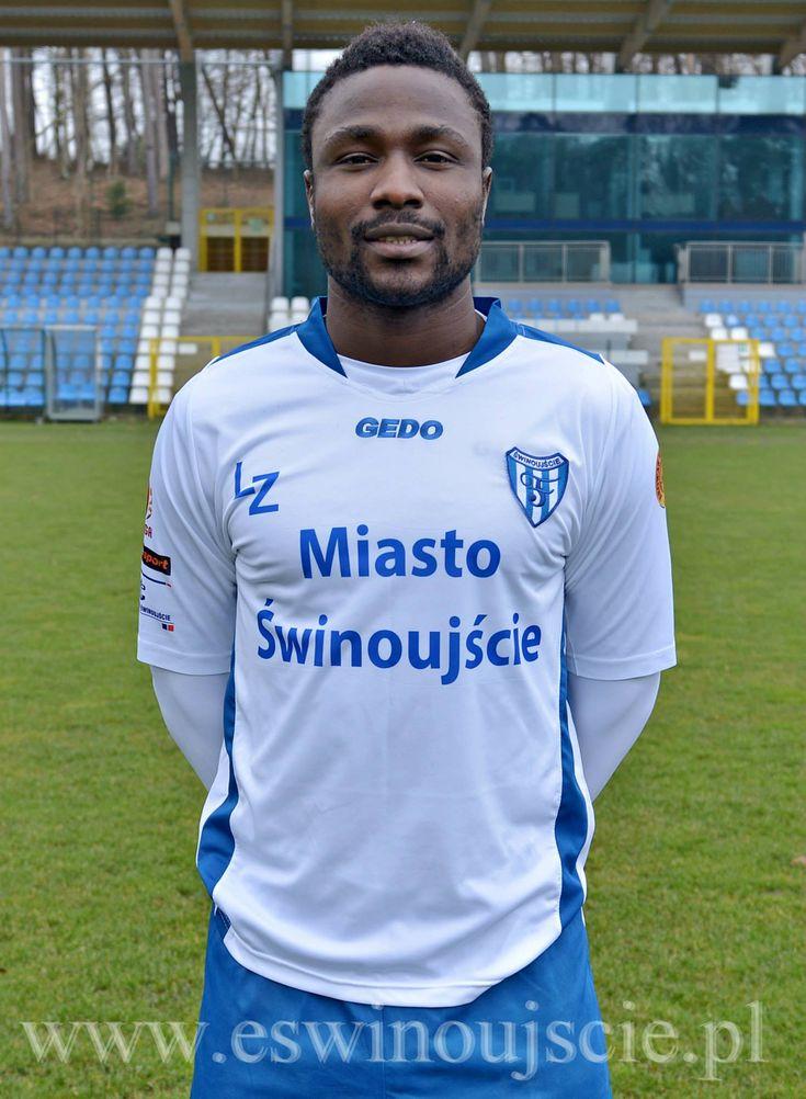 Nigeryjczyk Christian Nnamani nie jest już piłkarzem Floty.  Dziś rozwiązał kontrakt ze świnoujskim klubem za porozumieniem stron. Nnamani występował we Flocie od jesieni 2011 roku. Nn…