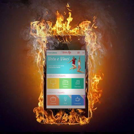 L'istantanea dei cellulari dei primi tre classificati al concorso gratuito #PremiAmo dell'app gratuita #TiVoto