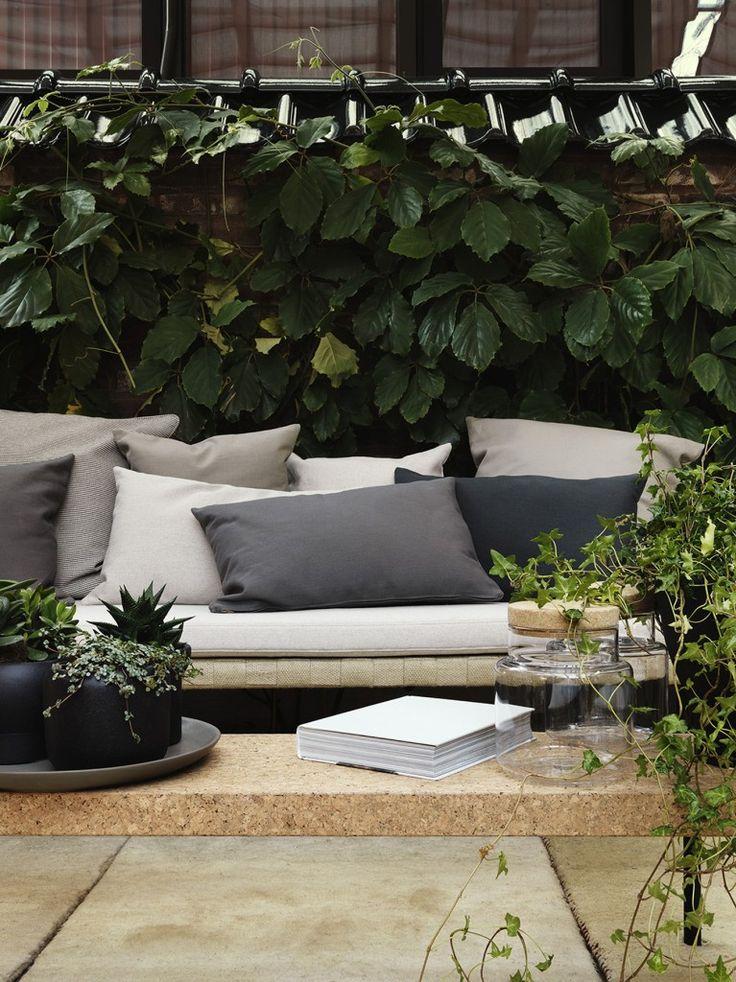 De nieuwe collectie van Ikea voor de tuin. Meer inspiratie op http://www.interieurinspiratie.nl/