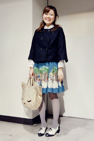 This girl is all types of adorable! | via Tokyo fashion snap