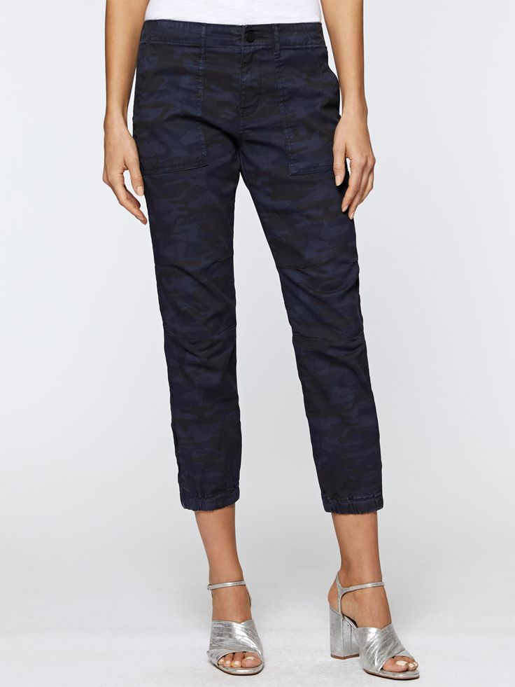 Model is 5'11' and wearing a size 27 Inseam 26' Rise 9 1/4' 98% Cotton, 2% Spandex Machine Wash Cold, Lay flat to Dry Import
