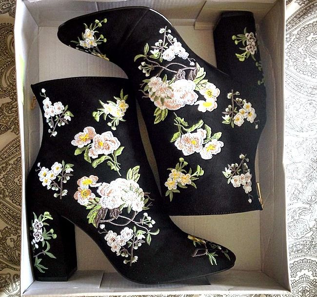 Beautiful embroidered boots by Miss Selfridge - shot by @Tess2Kill