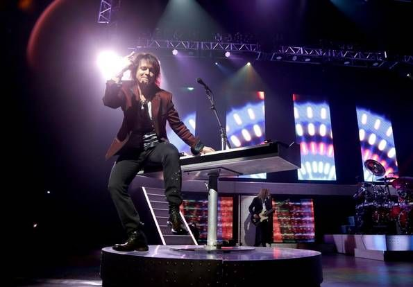 Styx performs at Verizon Theatre in Grand Prairie, Texas on Saturday, May 17, 2014. (Brad Loper/The Dallas Morning News)