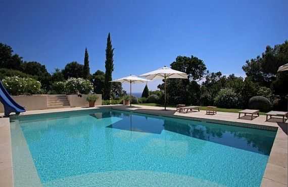 The Exclusive Cozy & Breezy Villa Le Rayol in Côte d'Azur & Saint-Tropez (1)  - Explore the World with Travel Nerd Nici, one Country at a Time. http://TravelNerdNici.com