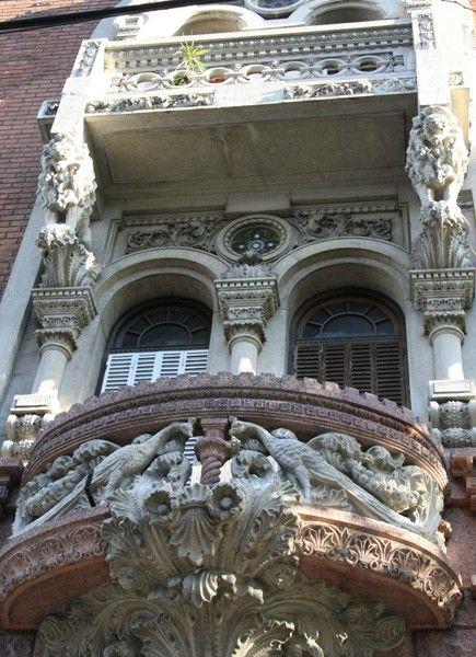 LA CASA DE LOS PAVOS REALES - Buenos Aires Art Nouveau - Argentina