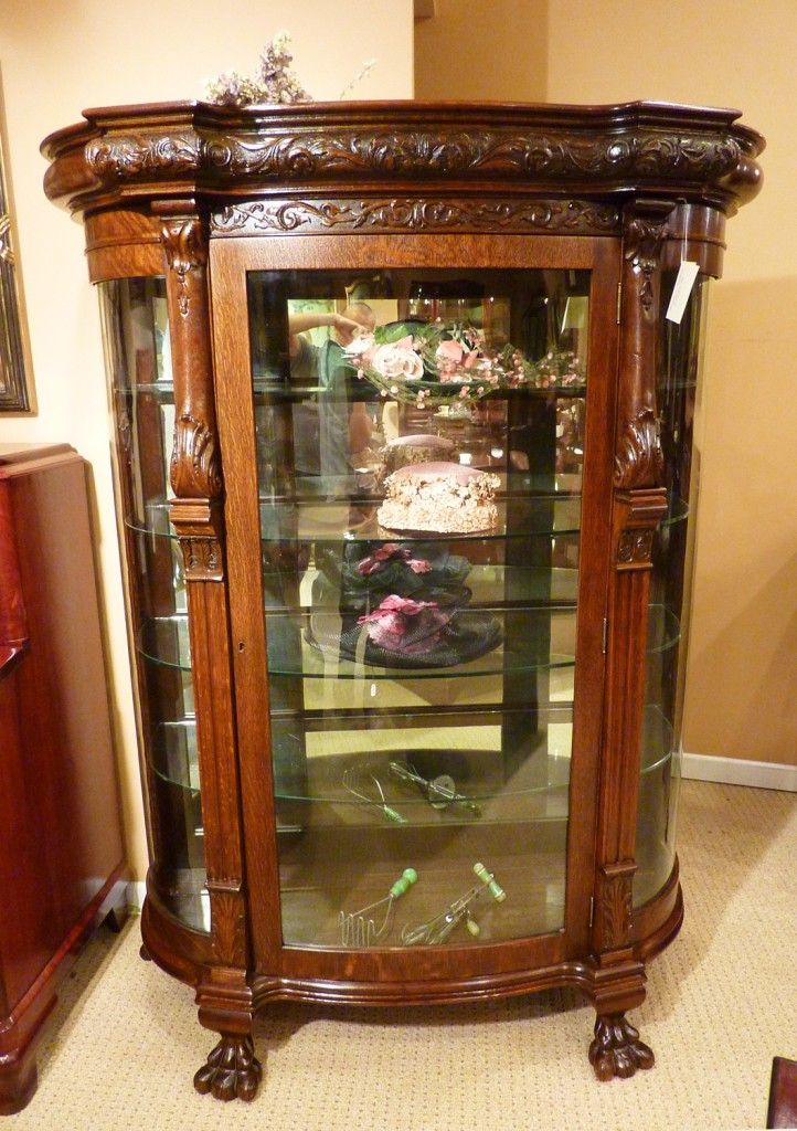 19th c. Heavily Carved Victorian Oak Curio Cabinet with Original Glass