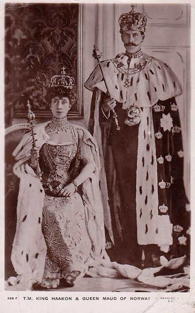Coronation of King Haakon VII. and Queen Maud of Norway   Flickr - Photo Sharing!