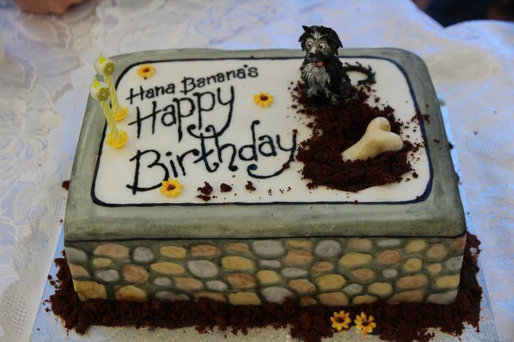 Hana's Hairy Maclary hand painted Birthday Cake.