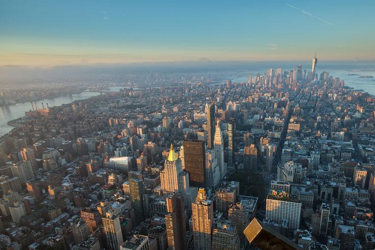 Find out what to do, where to go, where to stay and what to eat in NYC from the experts who know it best.
