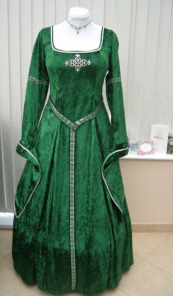Best 25 Celtic Dress Ideas On Pinterest Medieval Dress