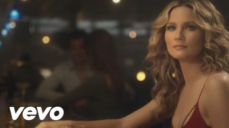 All the feels in the whole wide world.    Jennifer Nettles - Unlove You I'm drowning....
