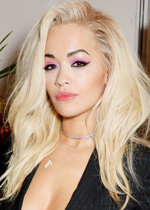Cute and Easy Hairstyle: Rita Ora loose and wild   More Hairstyles : http://hairstylesman-and-women.blogspot.com/