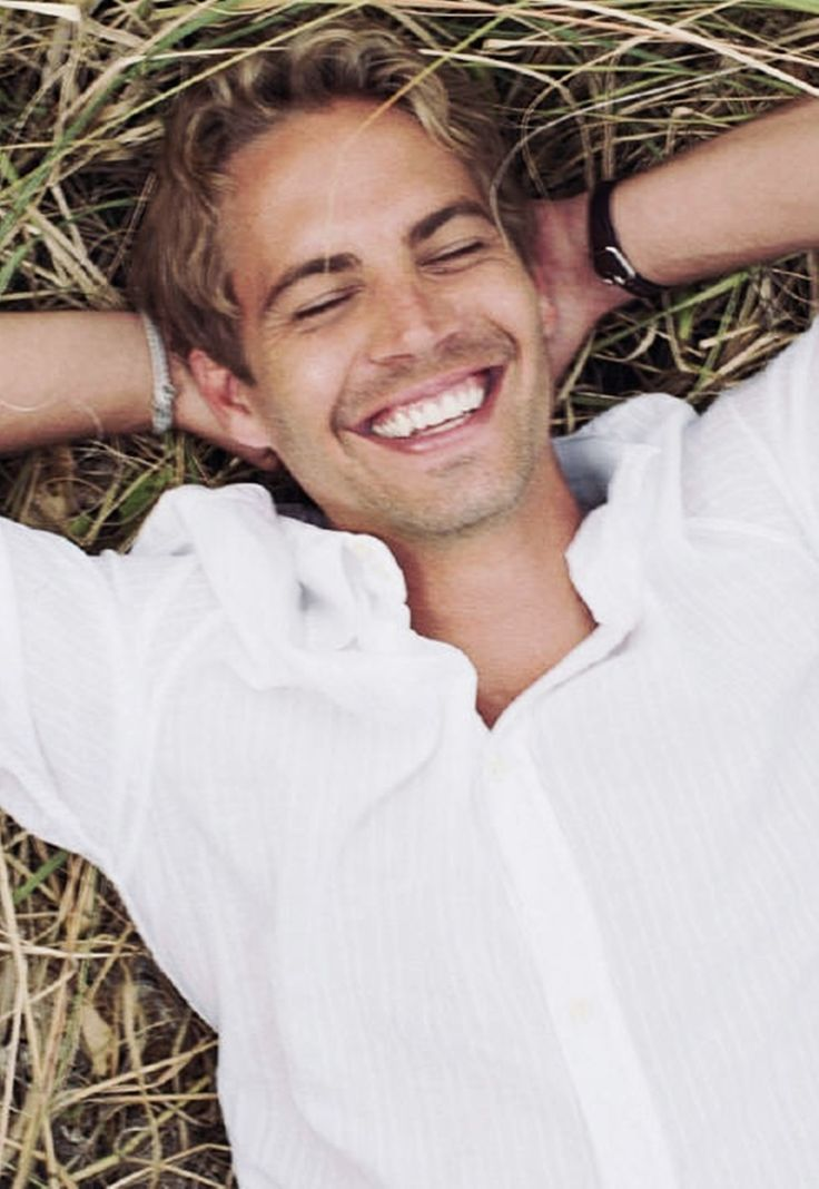 If one day speed kills me, dont cry because I was smiling ~ paul walker I love his smile!