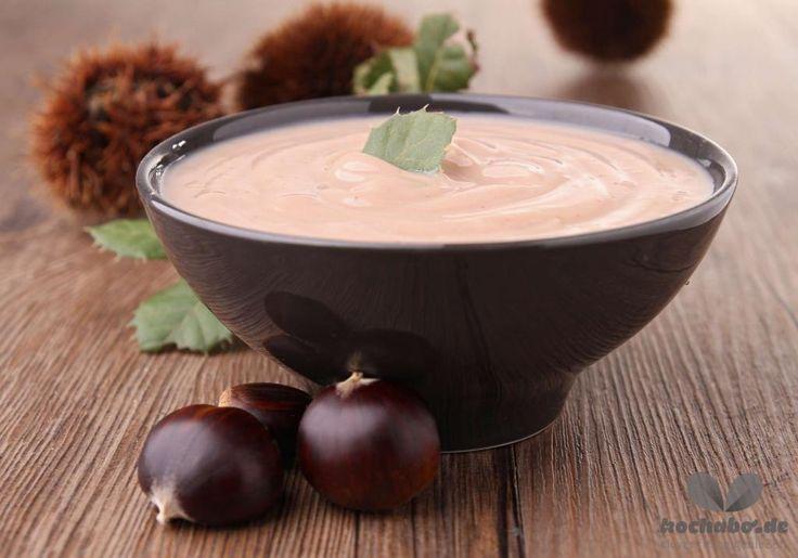 Eine ganz besondere Köstlichkeit ist unser Rezept für eine Maronen-Suppe.
