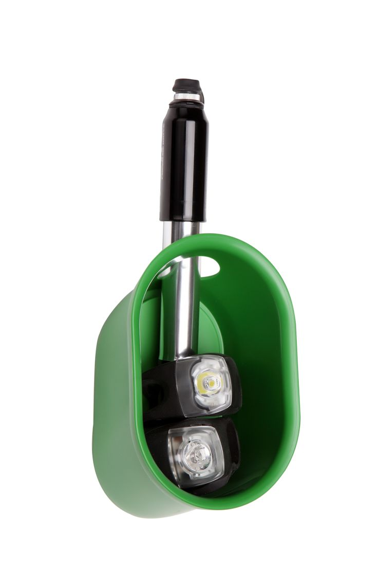Cycloc.Loop  #cycloc #design #loop #green #helmet #hanger #bike