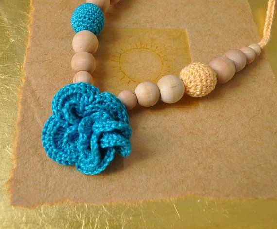 Flower Nursing Necklace/Teething by Simplyacircle on Etsy