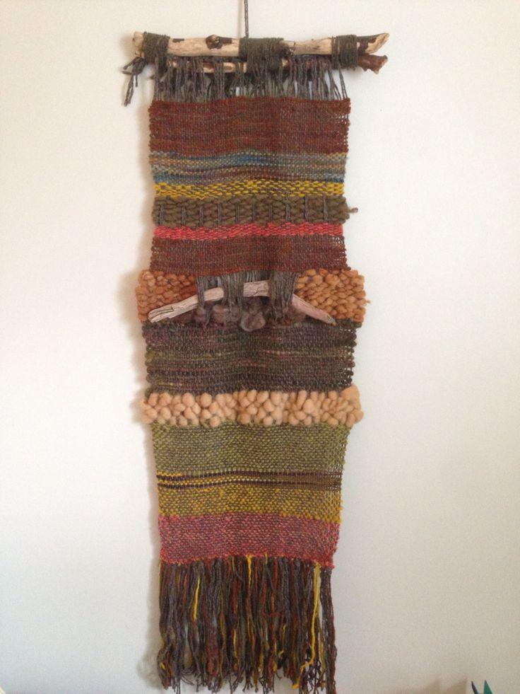 Telar de muro, lana de oveja, vellón