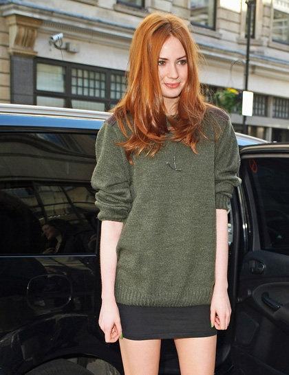 Karen Gillan / gree sweater / ginger hair / red hair / brown eyes / skirt
