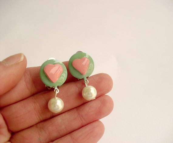 Heart clip earrings with pearls Polymer clay by DivineDecadance, $20.00