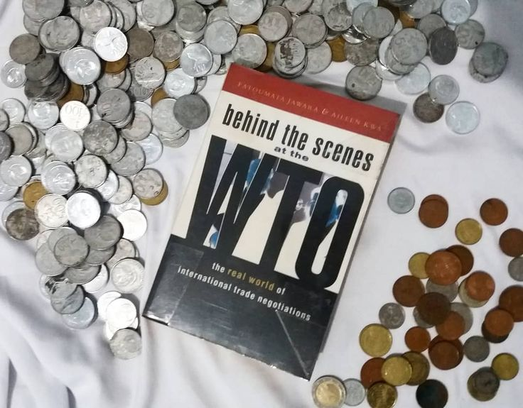 Political economy in a world scale #bookreview #books #bookstagram #wto #money #trade
