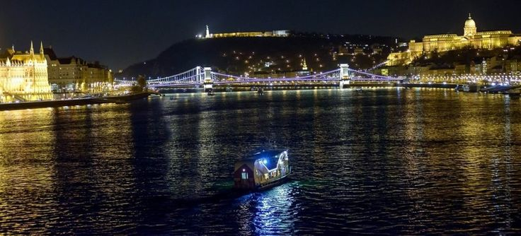 Boat-trip-Budapest