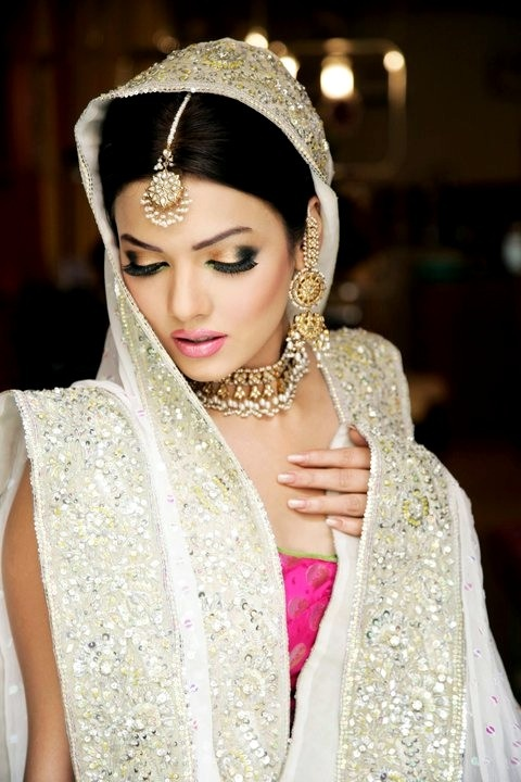 18 Best Images About Sabs On Pinterest | Models The Very And Pakistani Bridal Makeup