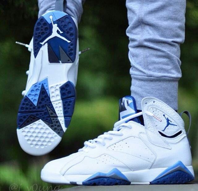 online store cfdfb 9d079 French blue 7s sur Basket4ballers http   www.basket4ballers.com sneakers Air  Jordan ...