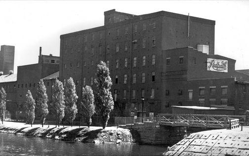 L'usine Redpath Sugar sur St-Patrick pre-condo boom
