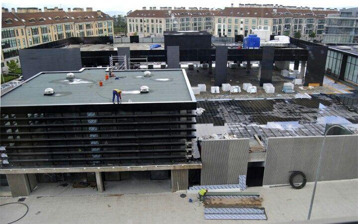 Centro Comercial Novo Milladoiro en La Coruña, Galicia