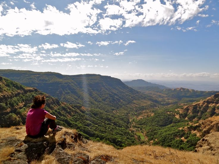 Mahabaleshwar hiking, Indian female traveller, Indian travel blogger