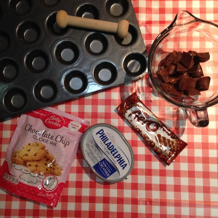 Ingredients for Mini Aero Cheesecakes. Recipe on blog http://jugglemum.com/2014/12/pampered-chef-mini-aero-cheesecakes/
